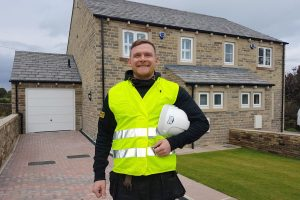 Construction site manager wins excellence award for Embsay housing development